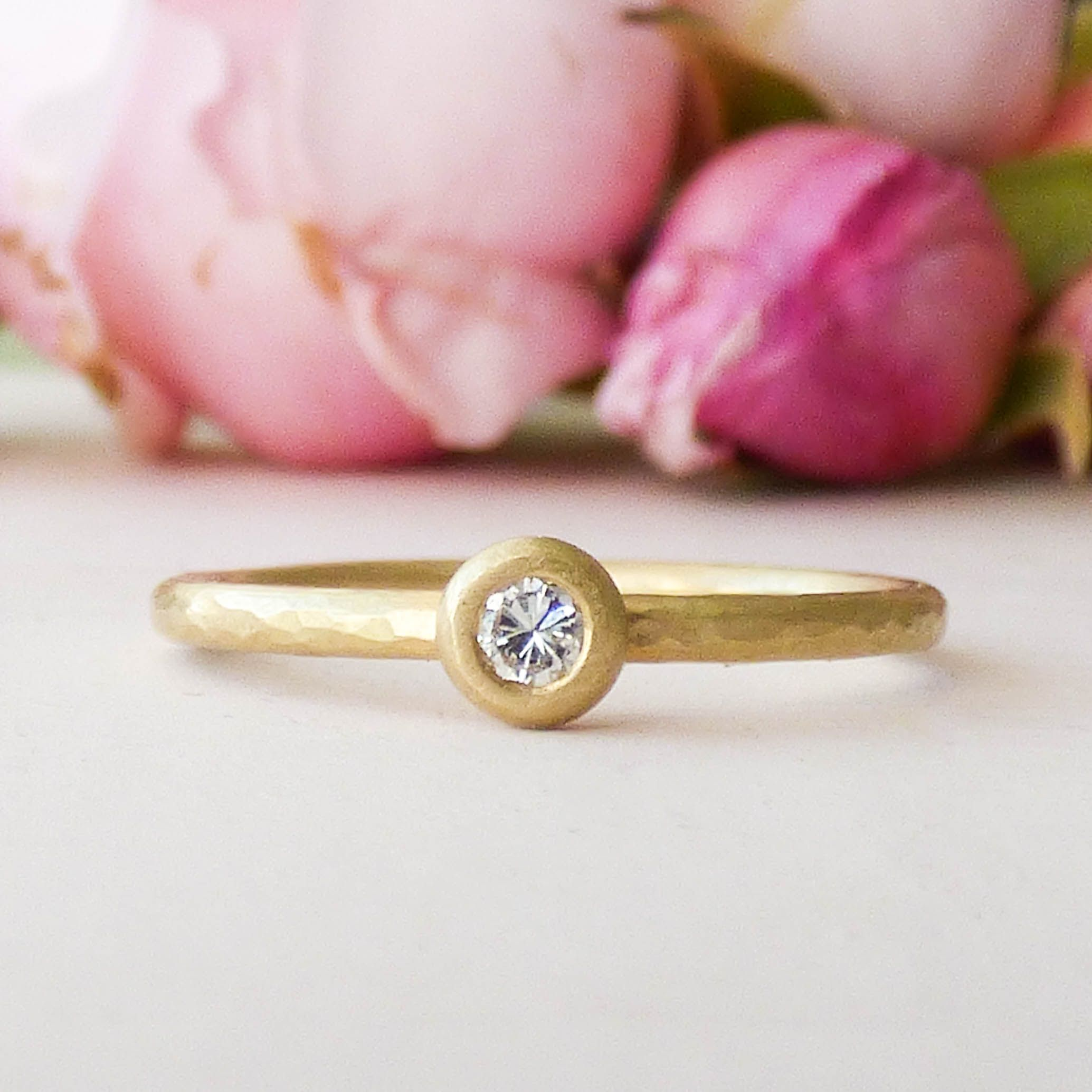 Lila Ethical Engagement Ring in 18ct Fairtrade Gold | Ethical ...