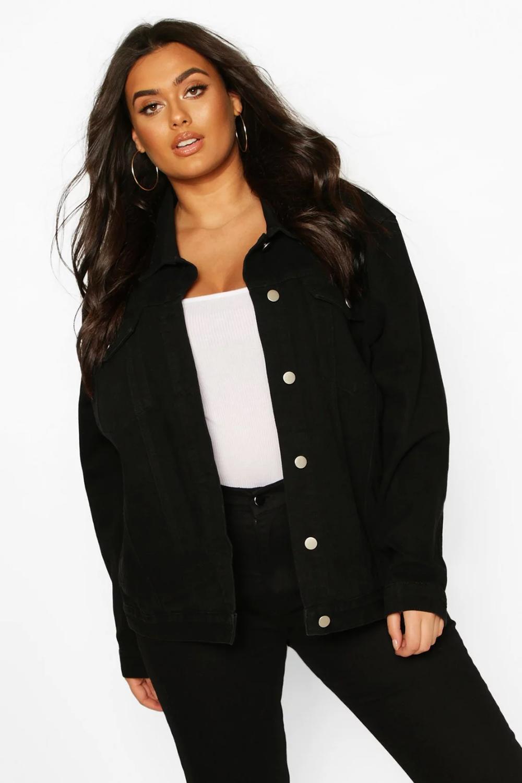 Plus Oversized Denim Jacket Boohoo In 2021 Oversized Denim Jacket Black Denim Jacket Outfit Plus Size Black Jeans [ 1500 x 1000 Pixel ]