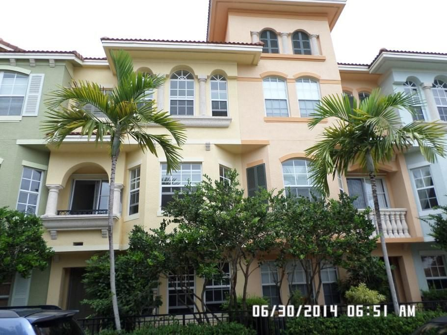 For Lease 2150/mo 3 Bedroom Townhouse in Harbor Oaks,
