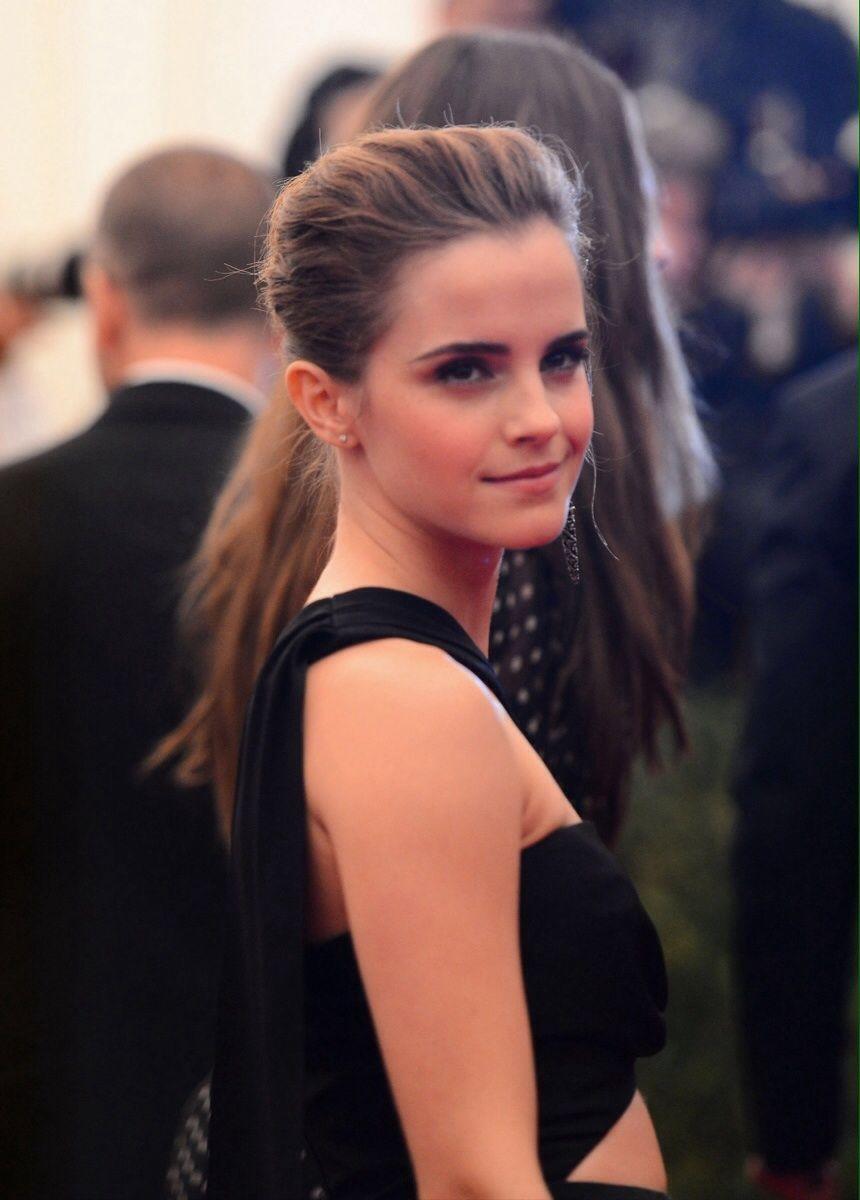Friday Favorites Emma Watson Beautiful Emma Watson Style Emma Watson