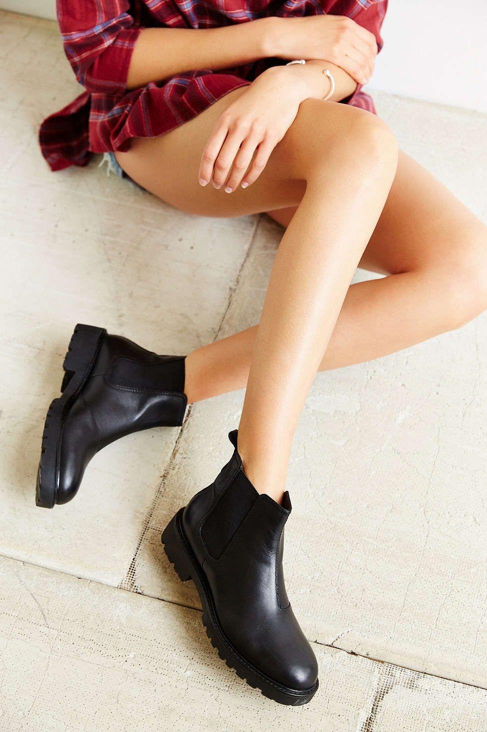 22d9c6d6556 Vagabond Kenova Chelsea Boot | d e t a i l s | Black leather chelsea ...