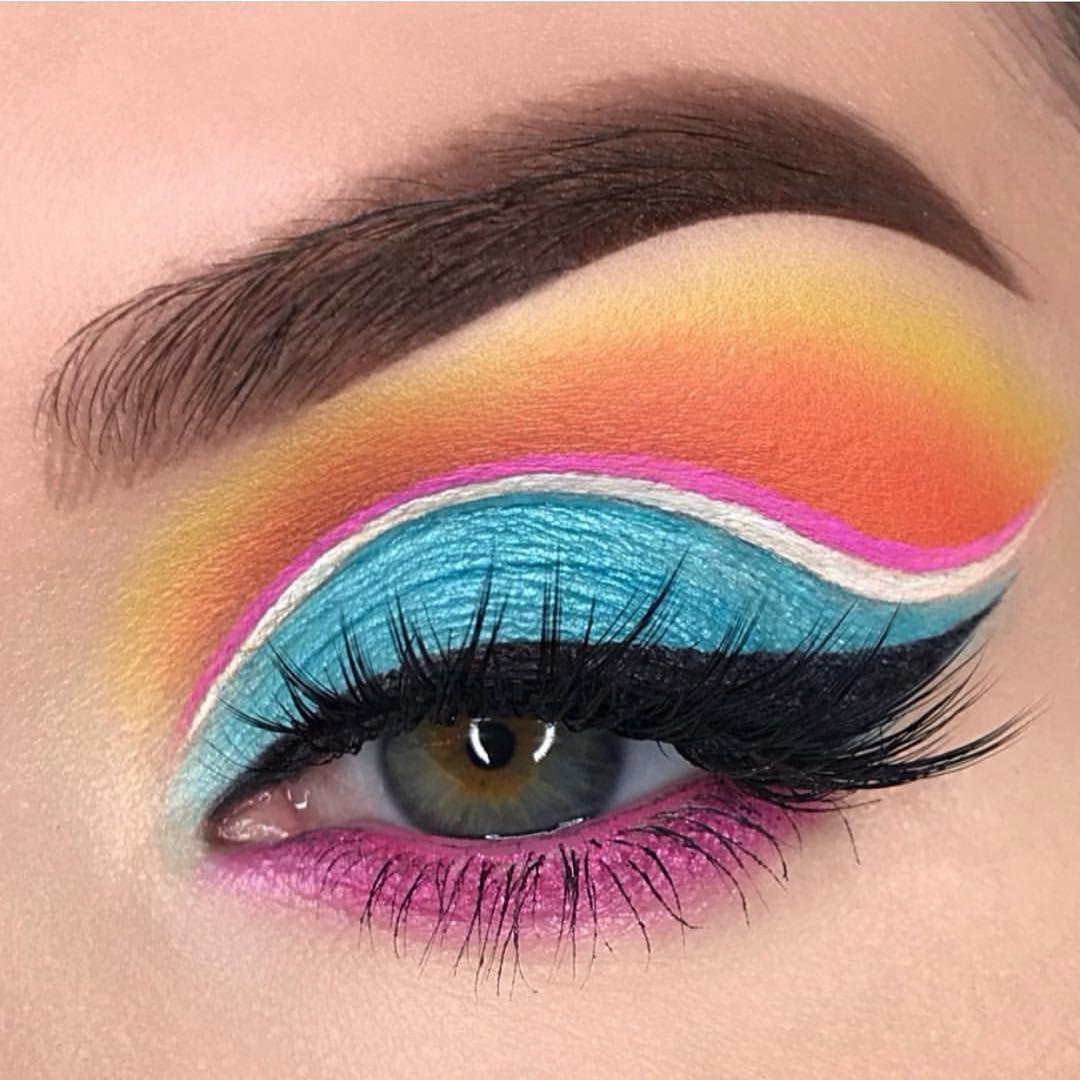 Gorgeous makeup ideas to try, eye makeup, makeup inspiration ,eye makeup ,warm eye makeup , eye makeup new ideas