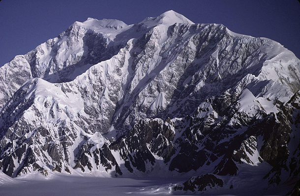 Mount Logan Is The Highest Mountain In Canada And The Second Highest Peak In North America Kluane National Park Kluane National Park And Reserve National Parks