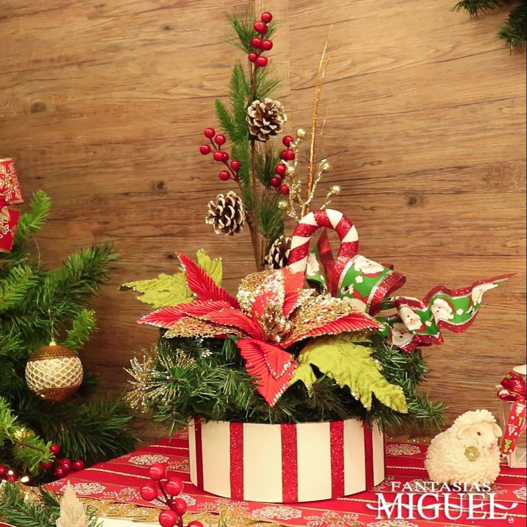 Crea este arreglo navideño para decorar tu hogar o incluso tu negocio. ¡Haz algo único!