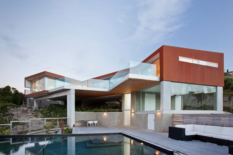 Redcliffs House by MAP Architects | HomeDSGN, a daily source for inspiration and fresh ideas on interior design and home decoration.
