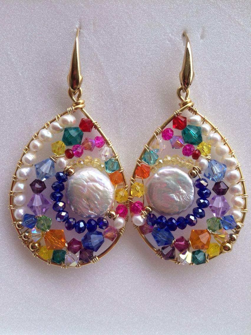 bfddcf0afa2f Aretes en forma de gota con madre perla