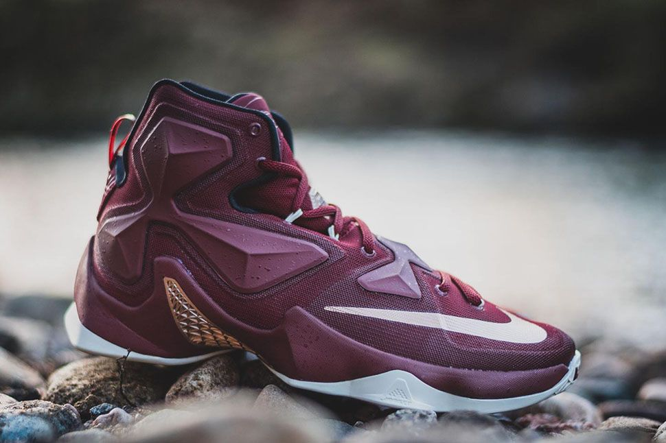 best sneakers a2e1f a6a5e Nike LeBron 13