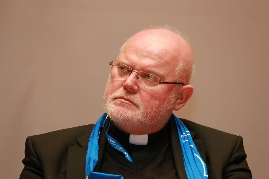 #Kardinal #Reinhard #Marx, hat das #Kirchenasyl gegen #Kritik aus der #Politik in #Schutz genommen.