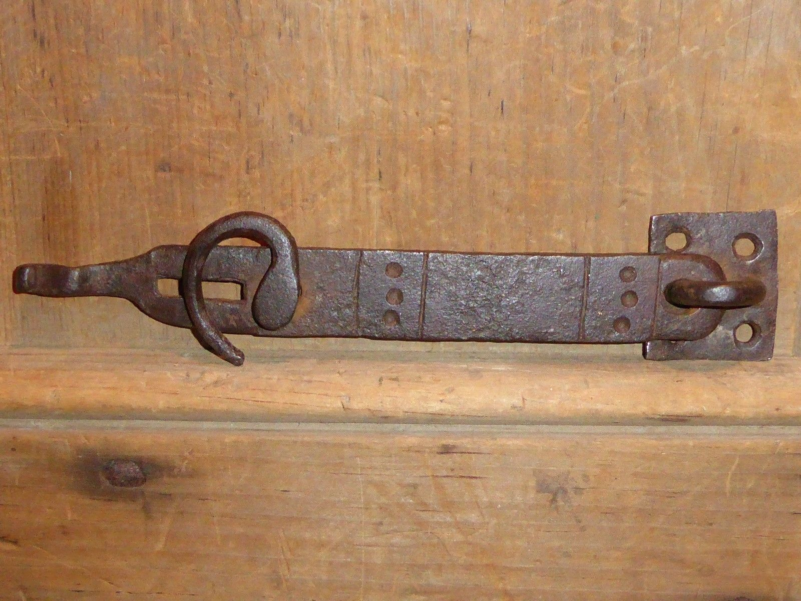 18TH C WROUGHT IRON FOLK ART DECORATED DOOR HASP LATCH L 8 1/4 & 18TH C WROUGHT IRON FOLK ART DECORATED DOOR HASP LATCH L :8 1/4 ...