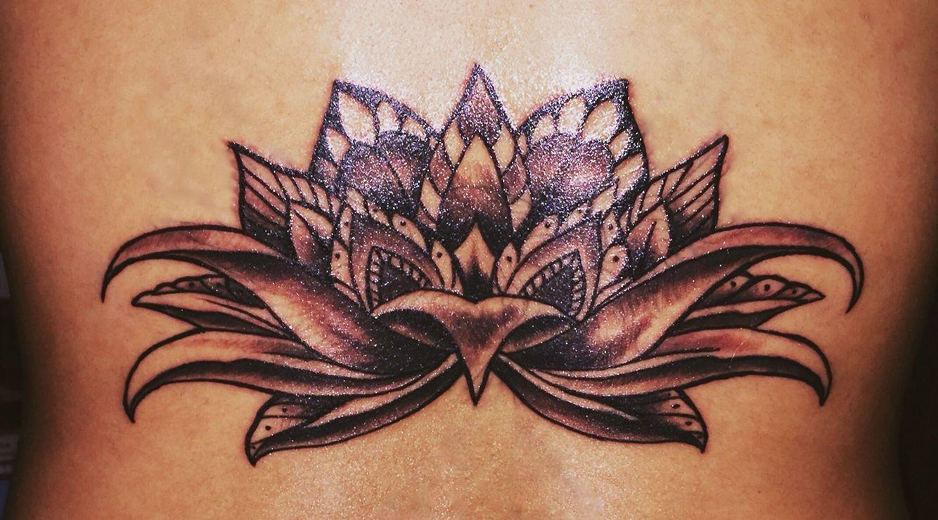 Beautiful Lotus Flower Tattoo Coverup Tattoo Beauty Skinart