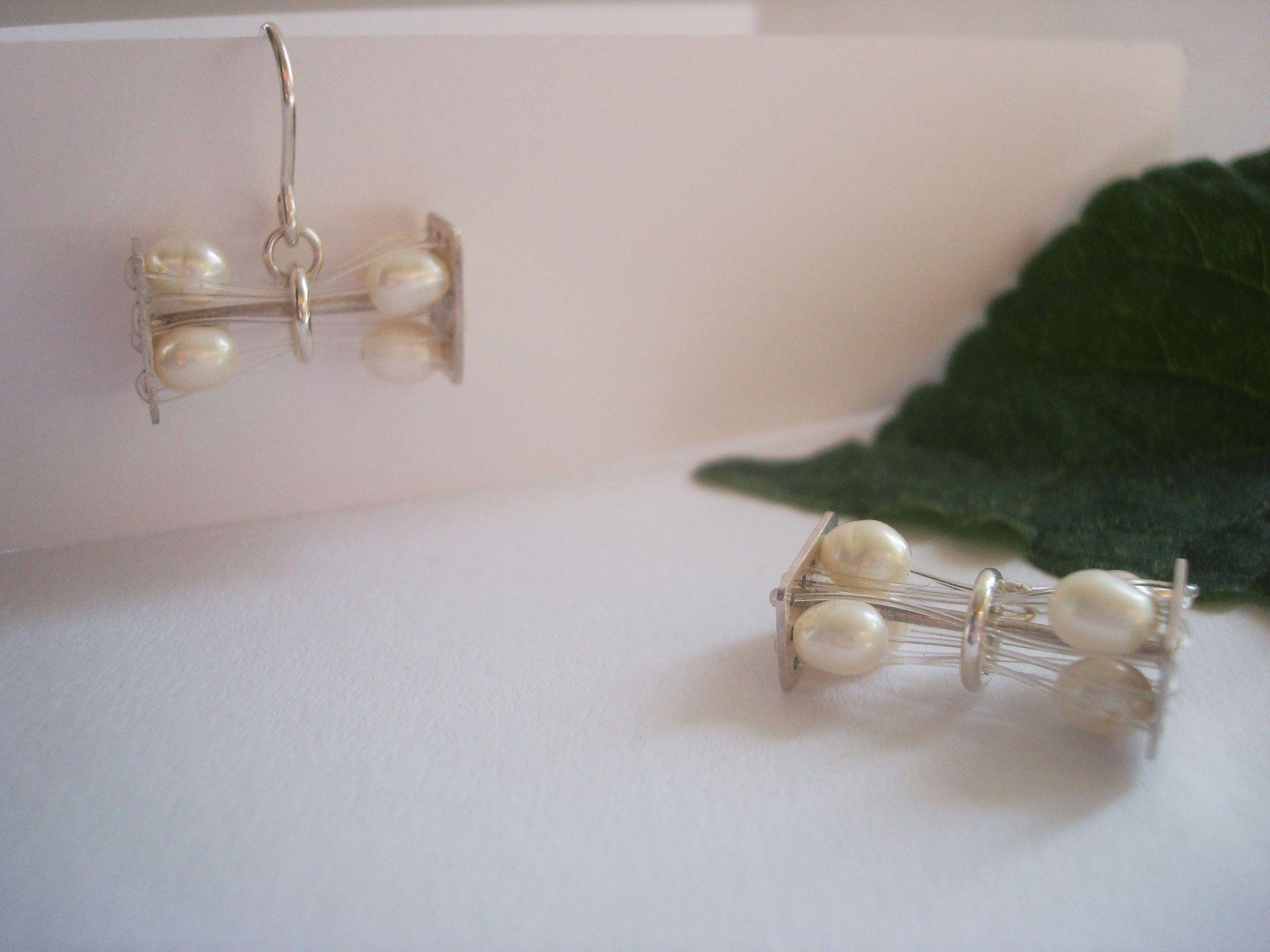 Ohrhaken Perlen, Silber 40,- €