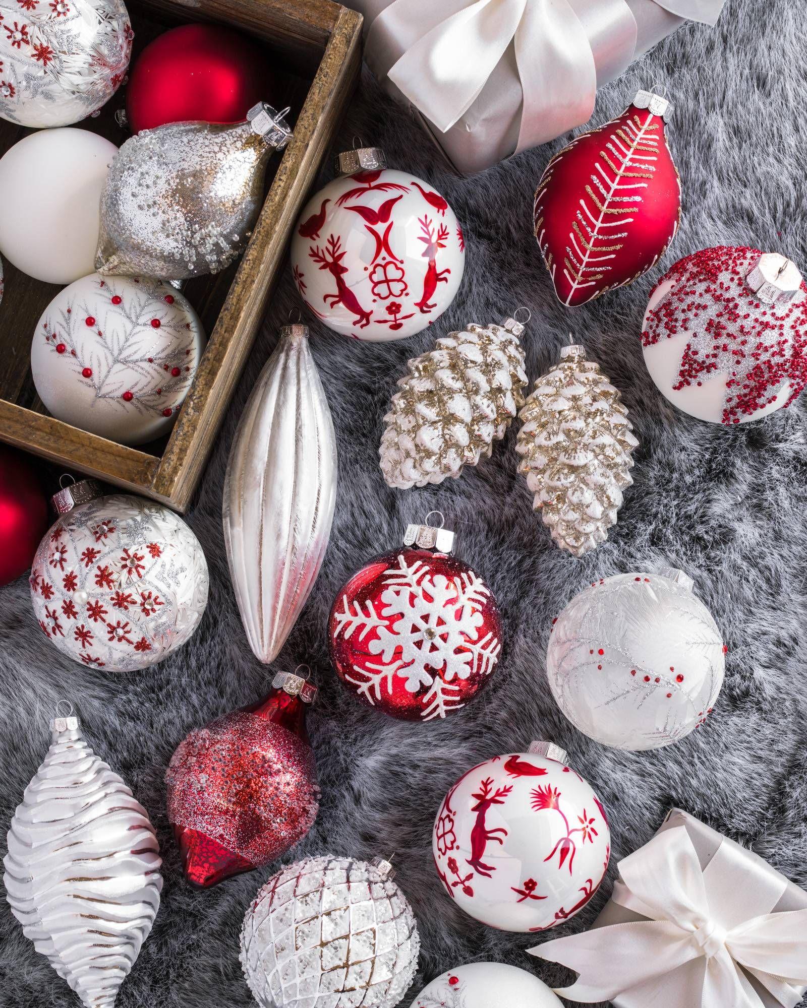 Nordic Frost Christmas Ornament Set Balsam Hill Ornament Set Christmas Themes Decorations Christmas Ornament Sets