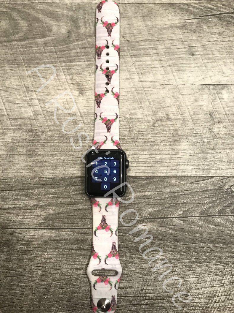 Bull Skull Apple Watch Band Deer Skull Apple Watch Band Apple Watch Band Cow Head Apple Watch In 2020 Mit Bildern Apfeluhr Apple Watch Zubehor