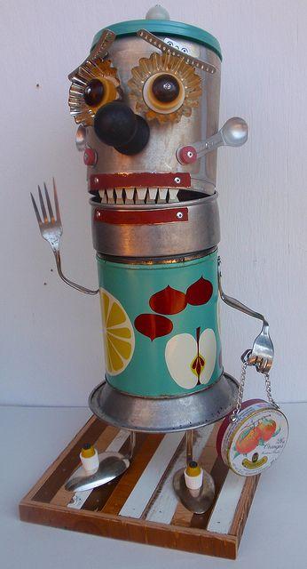 Antony Pack's Recycling Art - creepy #clown