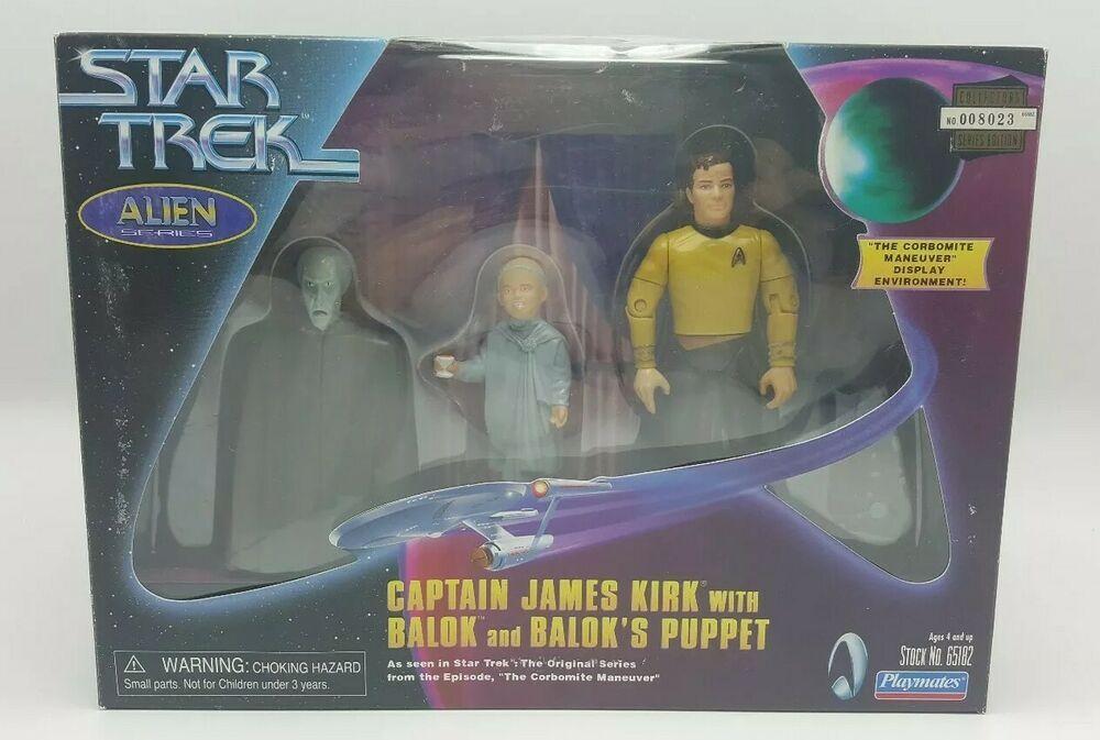 Classic Star Trek Corbonite Maneuver Display with 3 Action Figures Playmates 65182