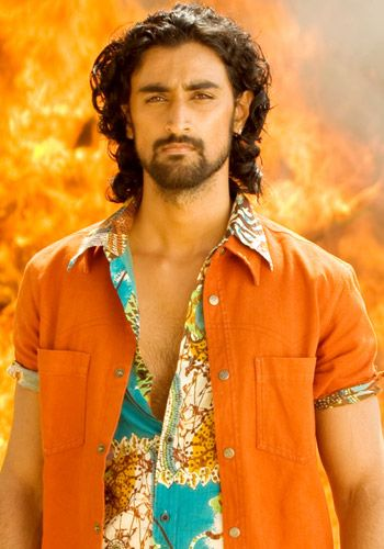 Kunal Kapoor. Film still from Aaja Nachle:  http://www.yashrajfilms.com/microsites/an/aaja_nachle.html | Kunal kapoor,  Actors, Bollywood actors