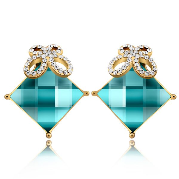 Classic Vintage Crystal Earrings