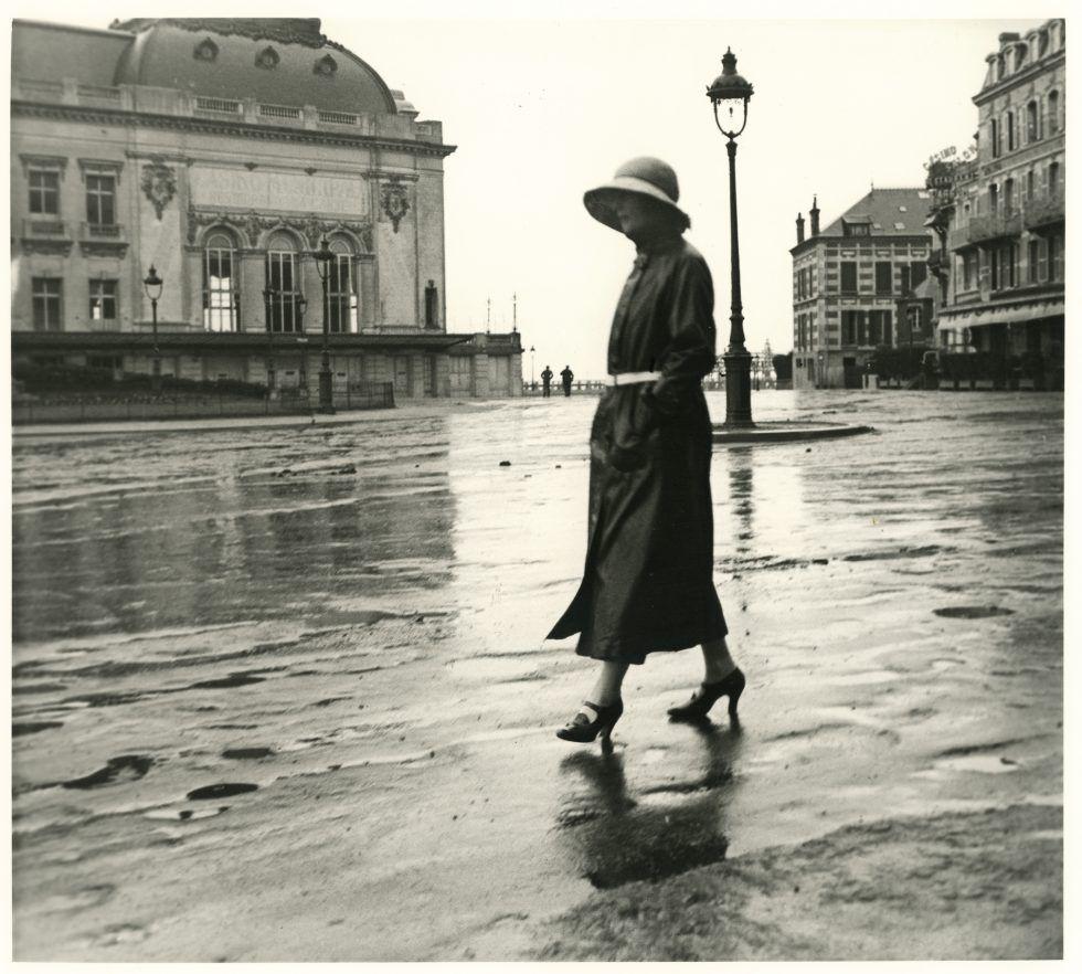 Jacques Henri Lartigue, Bibi, Trouville, juin 1922