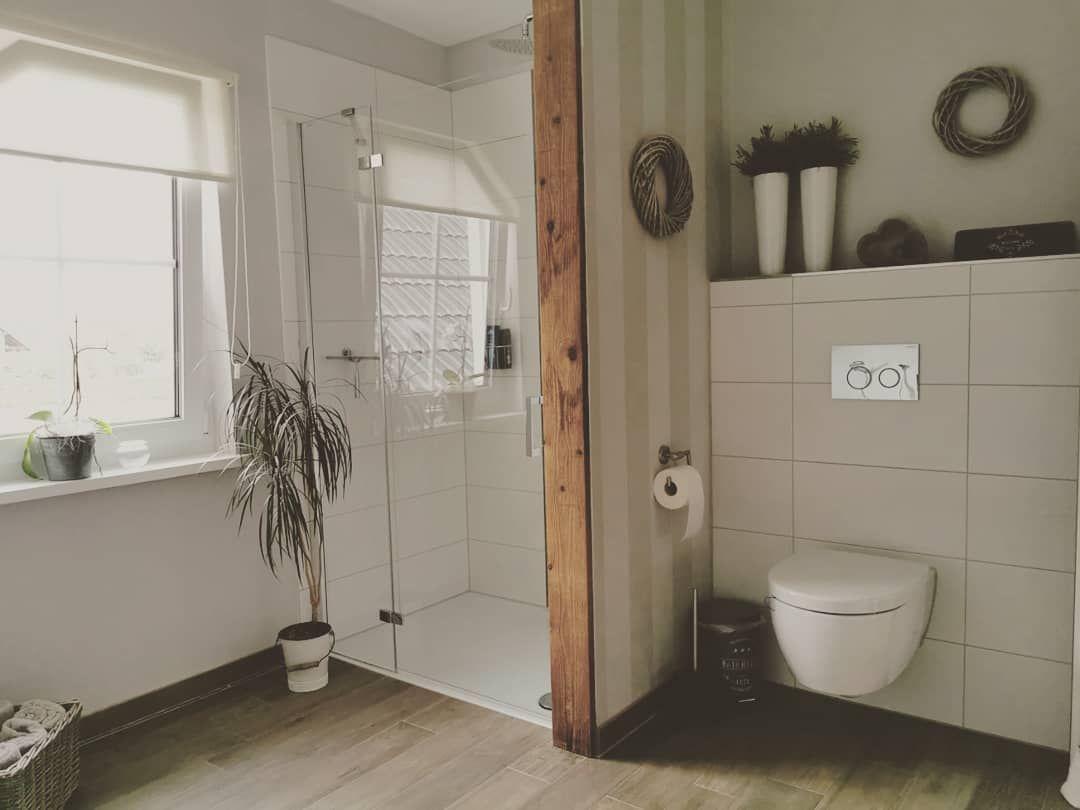 Als Vintage Mobel Liebhaberin Und Verkauferin Poste Ich Hier Regelmassig Aus Furniture In 2020 Badezimmer Landhaus Badezimmer Rustikal Badezimmer Landhausstil