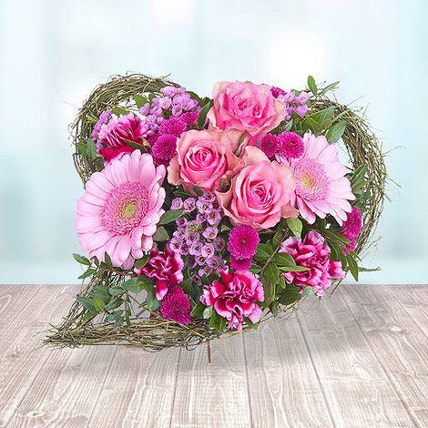Schon gewusst... am 08. März ist Weltfrauentag! #Valentins #Blumen #Geschenke #Deko