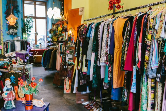 Lindt second hand berlin clothing places to see do urlaub for Second hand mobel kaufhaus berlin