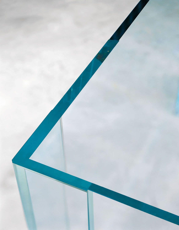 http://img.archiexpo.it/images_ae/photo-g/tavolo-moderno-vetro-indoor-piero-lissoni-4226-5854597.jpg