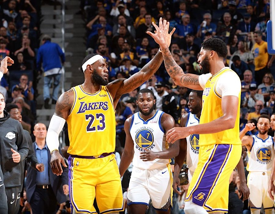 The Los Angeles Lakers Finally Admitted Friday Night That The Workload Of Anthony Davis And Lebron James Have Been Too Los Angeles Lakers Anthony Davis Lakers