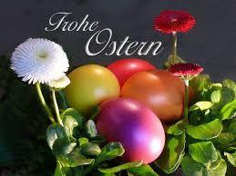 Ostern (lateinisch pascha, von hebräisch pessach) ist im Christentum die jährliche Gedächtnisfeier der Auferstehung Jesu Christi, der nach dem Neuen Testament (NT) als Sohn Gottes den Tod überwunden hat.