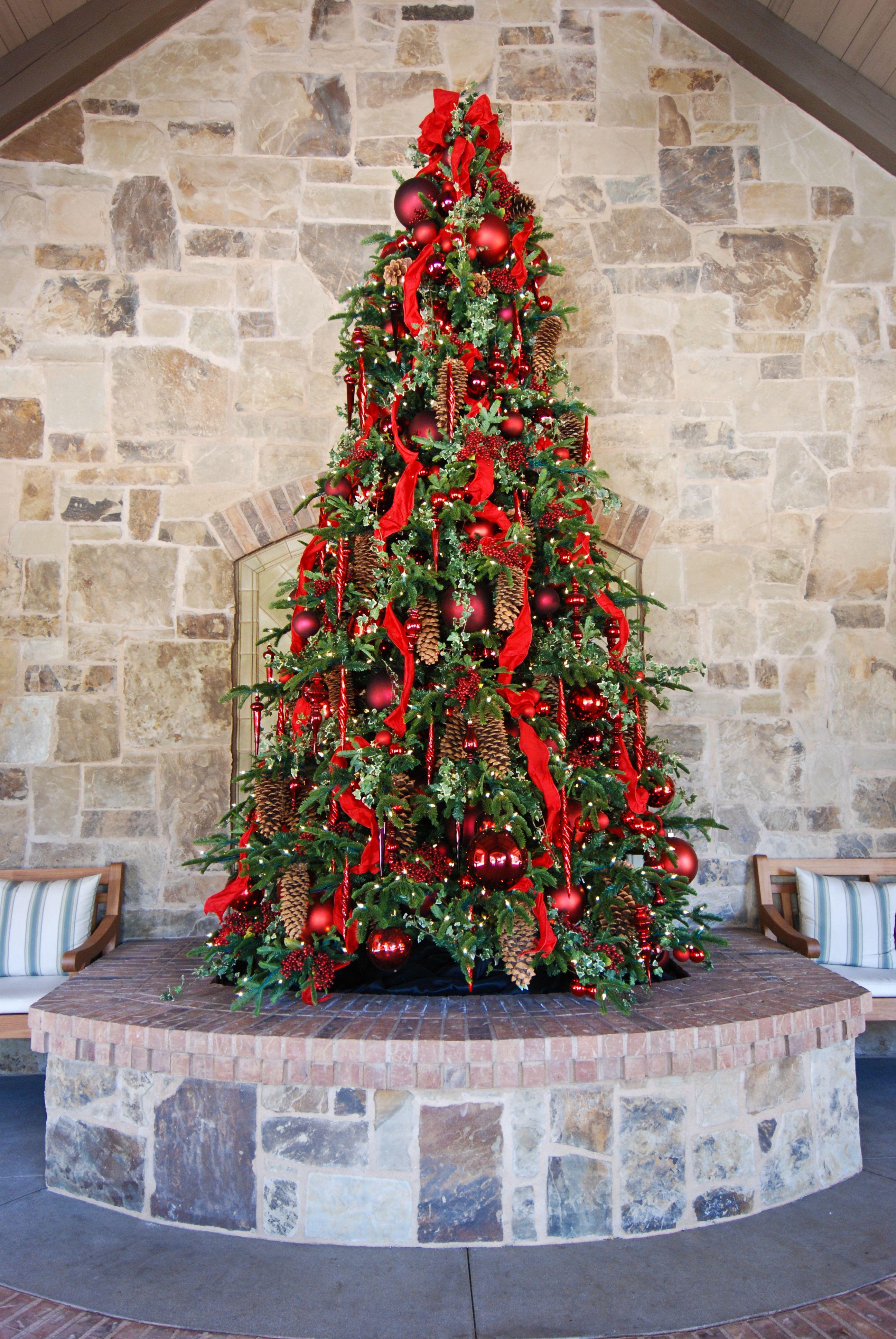by Roger's Gardens design team Christmas celebrations