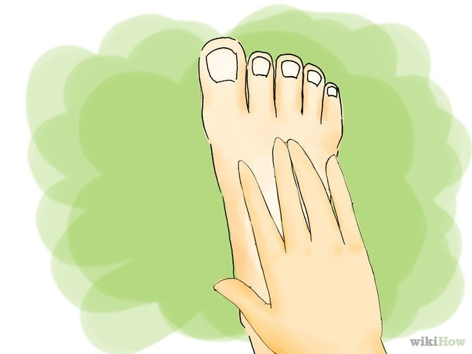 Relieve Itchy Hands and Feet at Night   natural beauty tips   Itchy