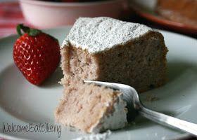 WelcomeBa(c)kery: Torta con fragole frullate e albumi