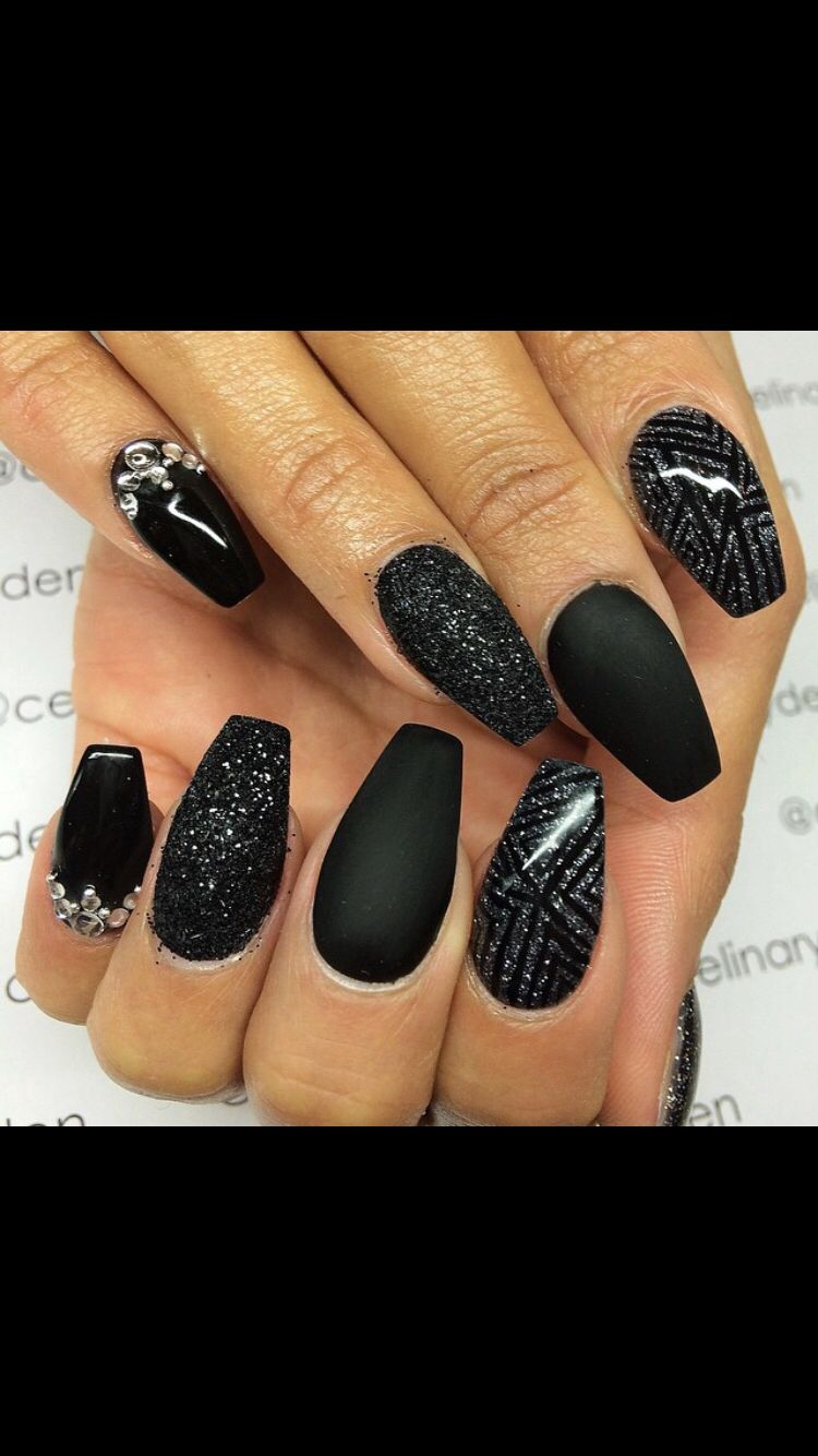 Pinterest: @SaDexO | ŋąıƖʂ | Pinterest | Nail nail, Makeup and Black ...