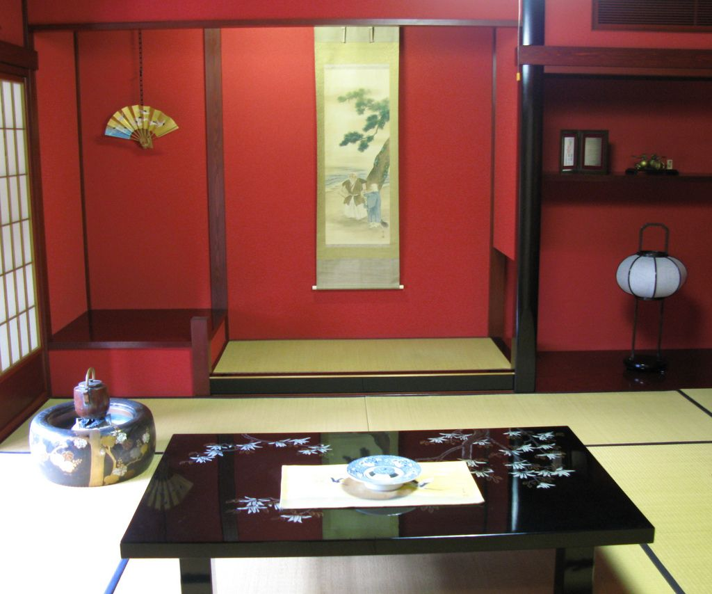 clasic interior home design in traditional japanese house