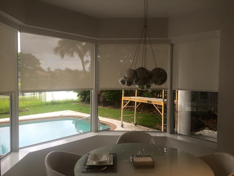 Roller Badezimmer ~ Roller blind system underlining a modern kitchen design roller