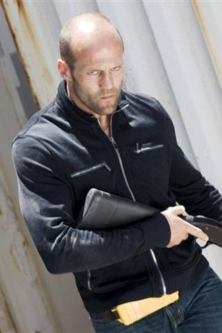 5 Ridiculous Gun Myths Everyone Believes (Thanks to Movies)