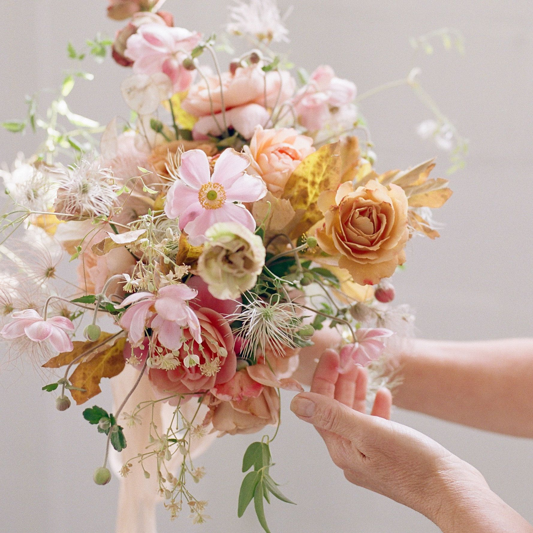 I M Offering A Surprise Easter Discount Click On The Link To Find It Sale Ends March 31 2018 Flower Bouquet Wedding Cheap Wedding Flowers Wedding Bouquets