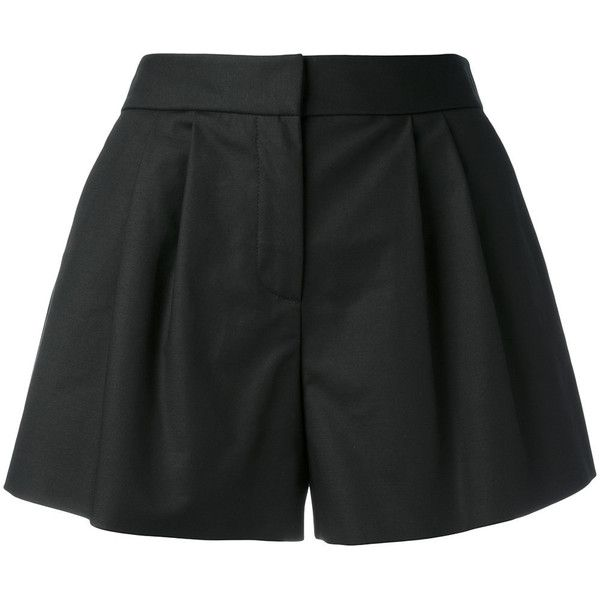 Boutique Moschino Flared pleated shorts (€275) ❤ liked on Polyvore featuring shorts, black, flare shorts, pleated shorts, flared shorts and boutique moschino