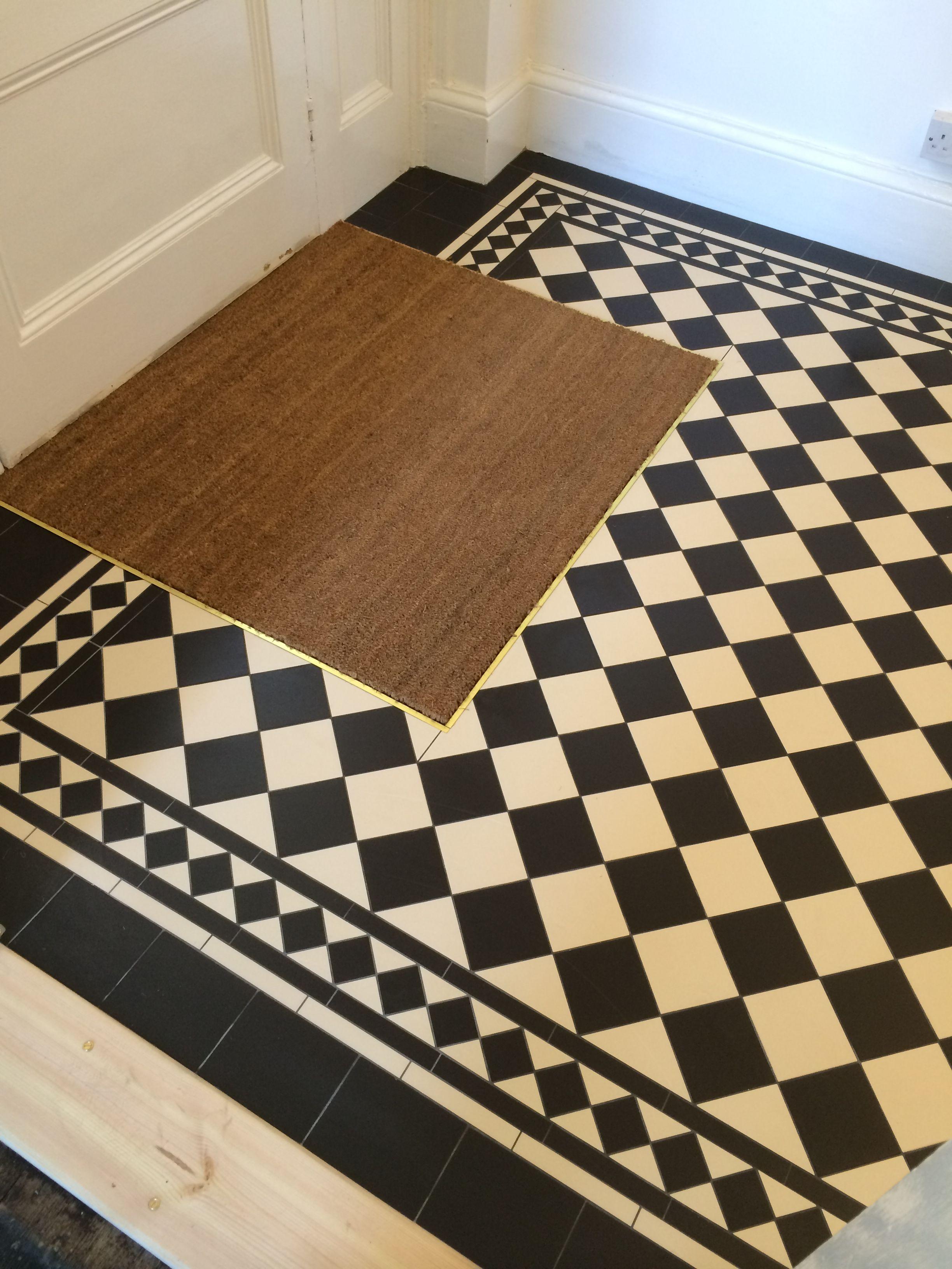 Black White Floor With Mat Hallway Flooring Victorian Hallway