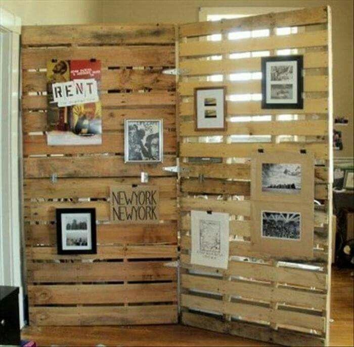 Muro Divisorio Con Palets Möbel Aus Paletten, Schienen, Praktisch,  Schlafzimmer, Paravent Raumteiler