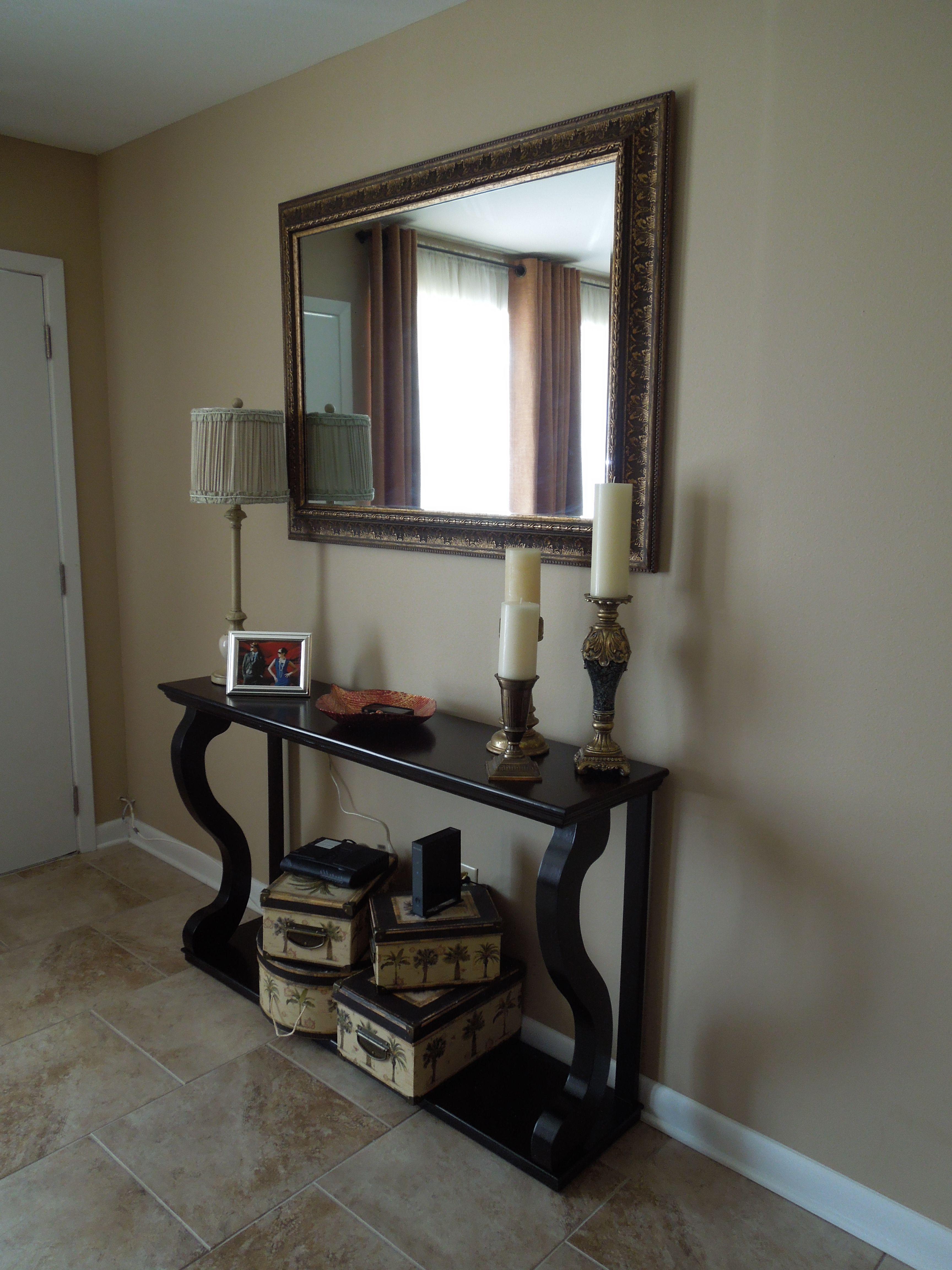 Foyer table family room pinterest for Foyer decorating ideas table