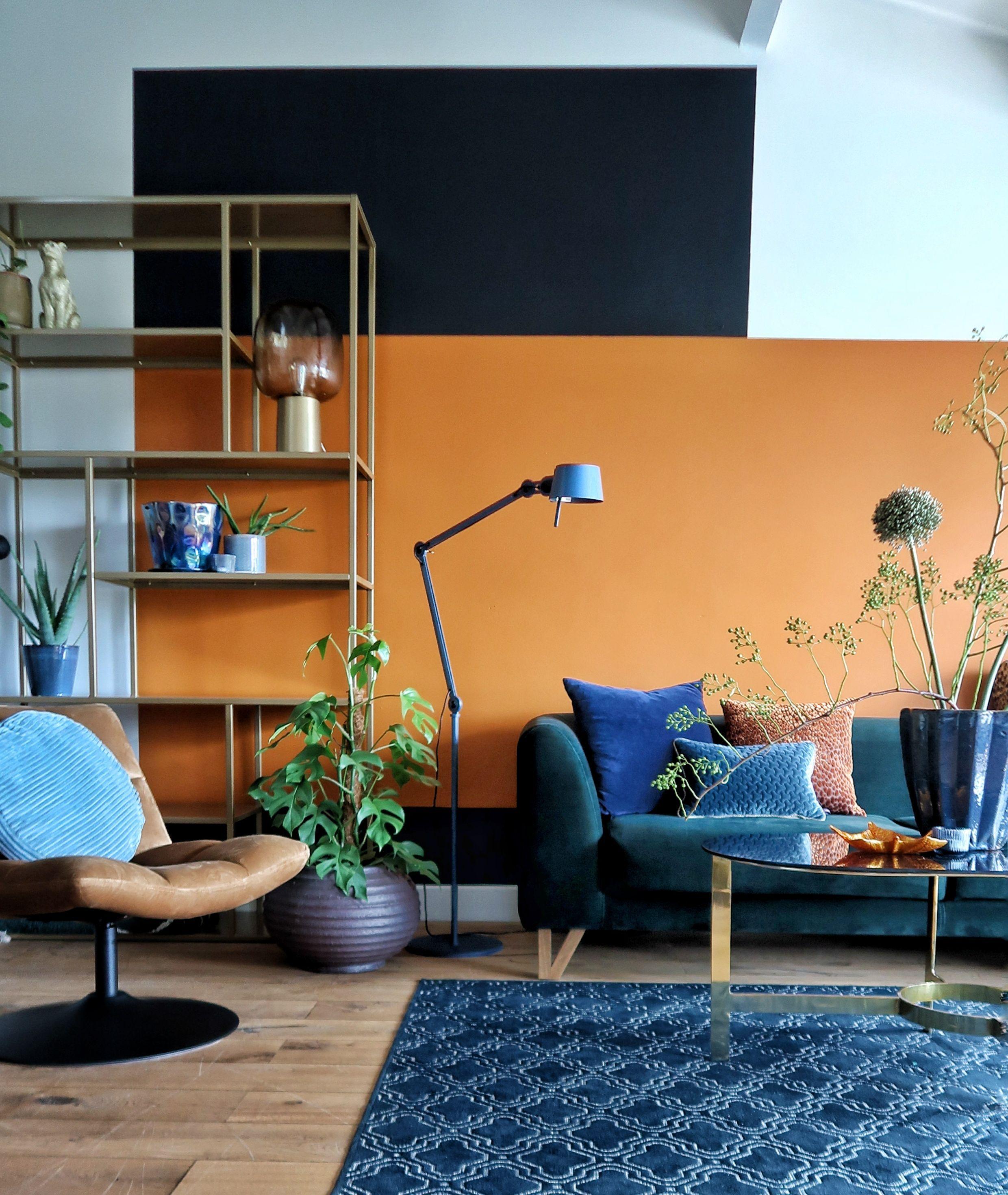 Klaar Voor Kleur Denim Drift Indian Spice Flexa Woonkamer Metamorfose Mid Century Modern Living Room Decor Perfect Living Room Decor Living Room Wall Designs