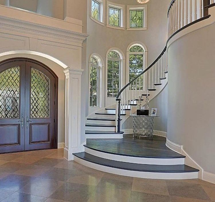 43 Beautiful Rustic Entryway Decoration Ideas: Foyer, Entrance Hall, Entryway In A Luxury Home With Grand