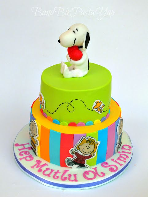 how to make a snoopy cake