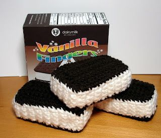 Crocheted Ice Cream Sandwiches - FREE Crochet Pattern and Tutorial