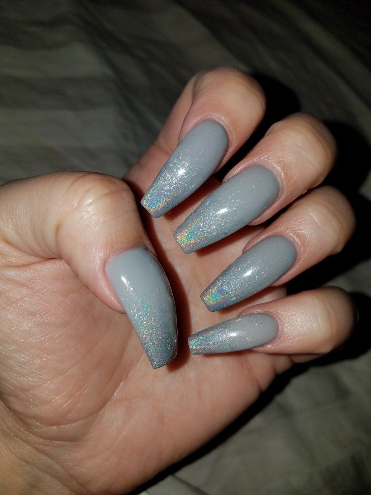 Grey Nail Arts: Grey Ombre Holographic Coffin Nails 5.17.17