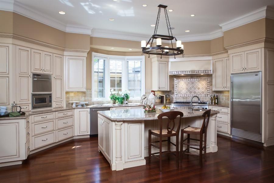 White Glazed with Stainless Appliances | Kitchen ...