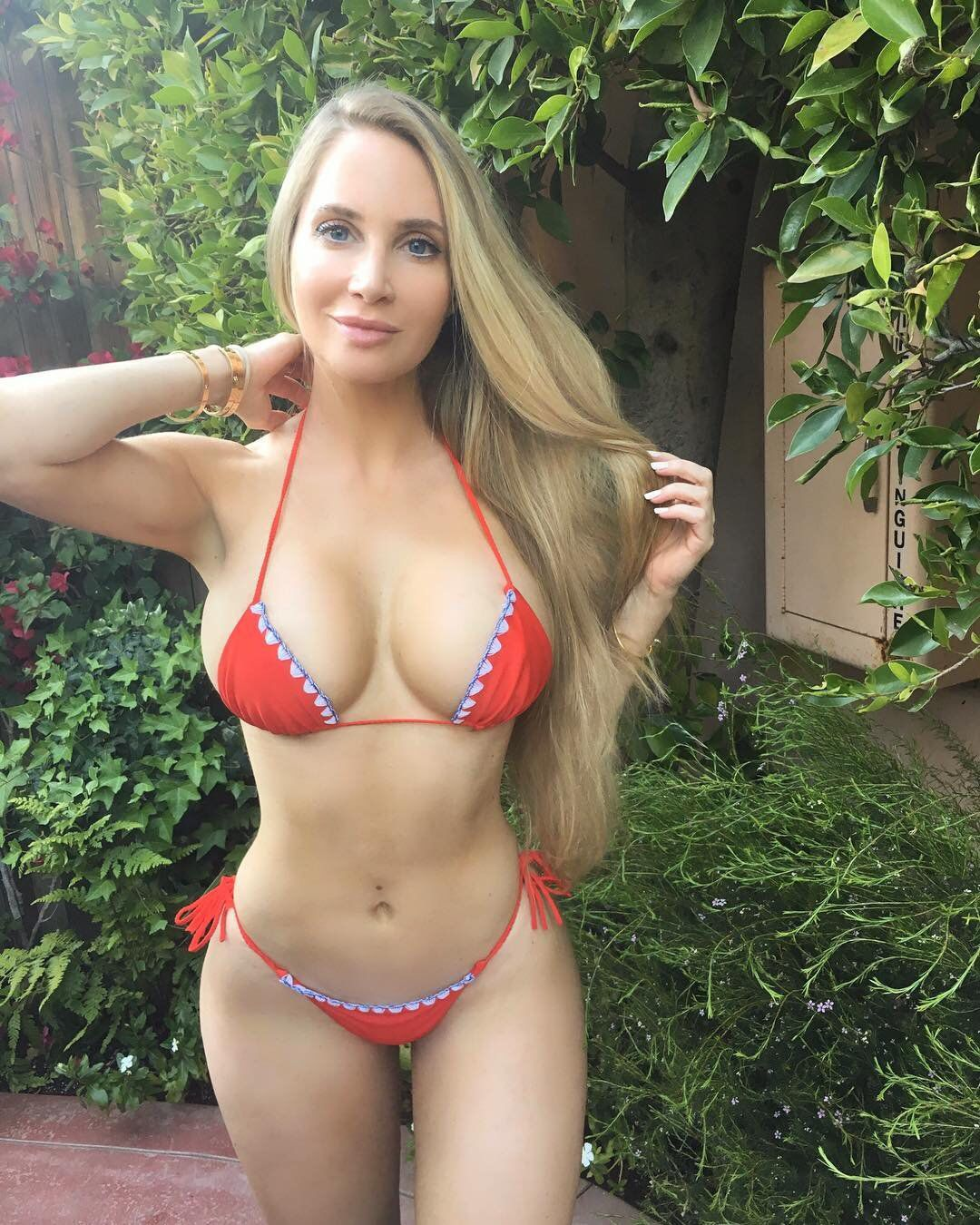 Pin by elvis on amanda elise lee pinterest fitness modeling and models - Pics of small little girls ...