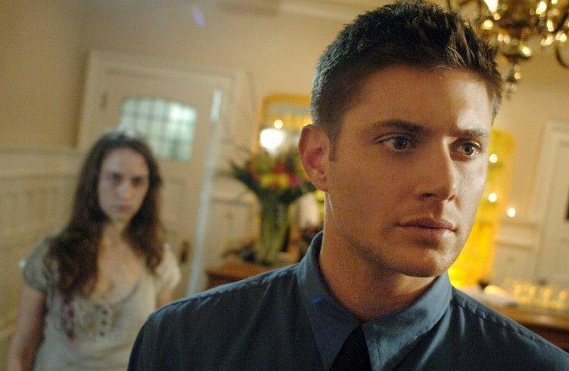 Is that Melanie Scrofano? | Melanie scrofano, Jensen ackles ...