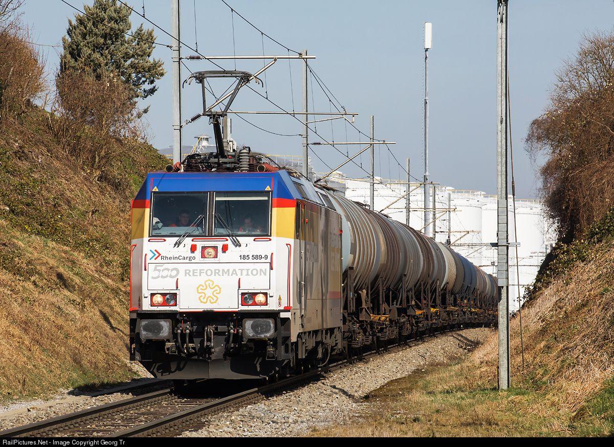 185 589 RheinCargo 185 at Bettwiesen, Switzerland by Georg Trüb