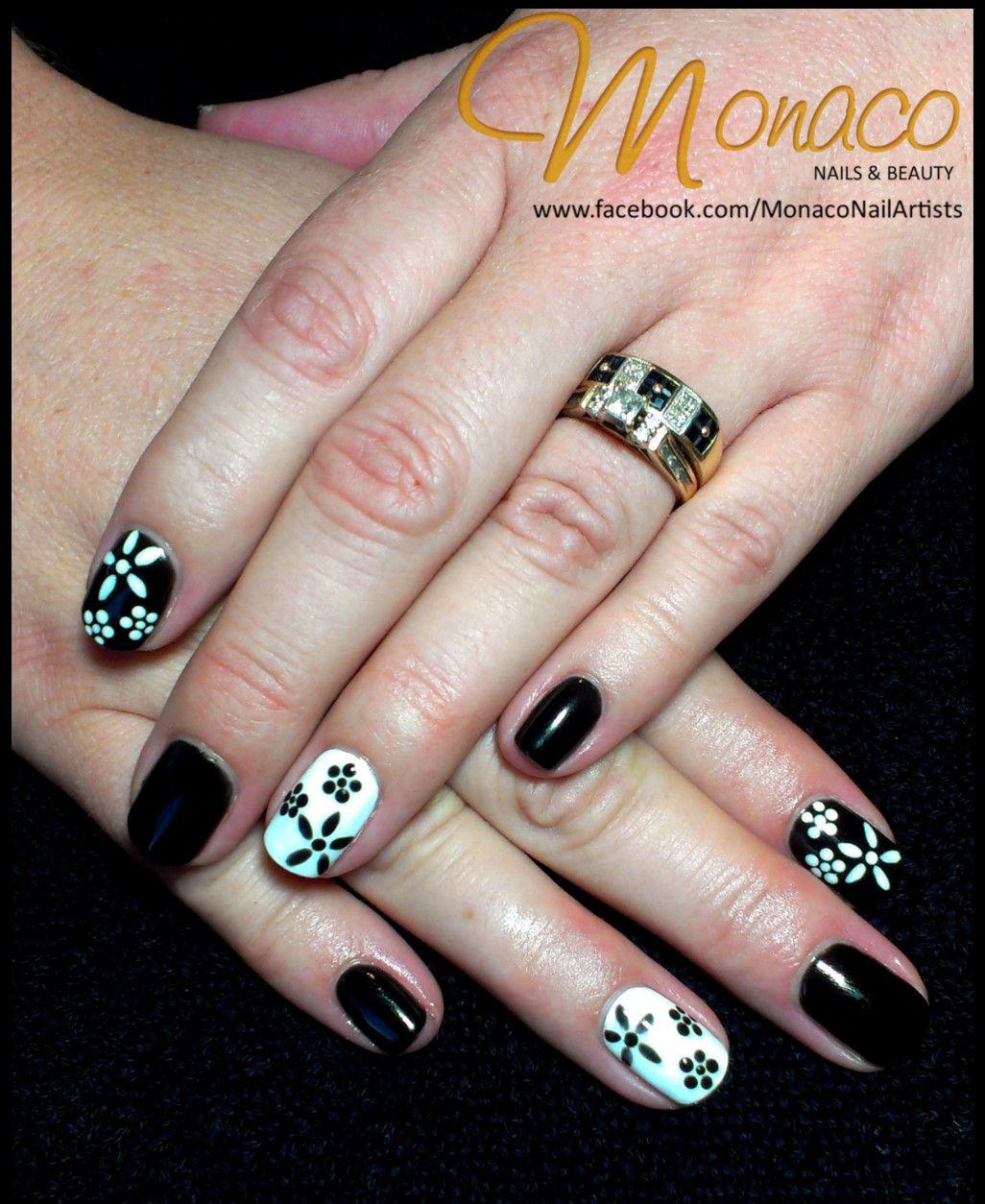 Alanas AWESOME Black and White Nails! NailsByMonaco